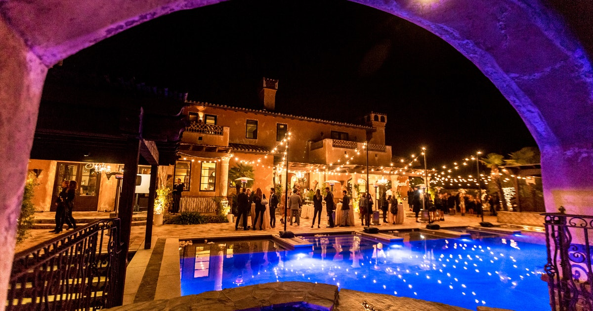 You Can Book The 'Bachelor' Mansion For Your Own Chris Harrison-Officiated Wedding