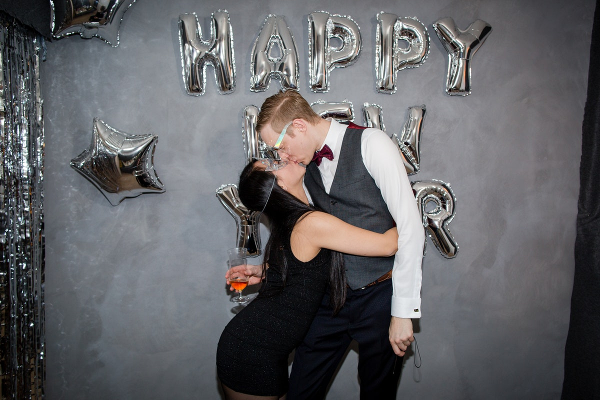Corny texts make good flirty New Year's Eve texts to send your crush