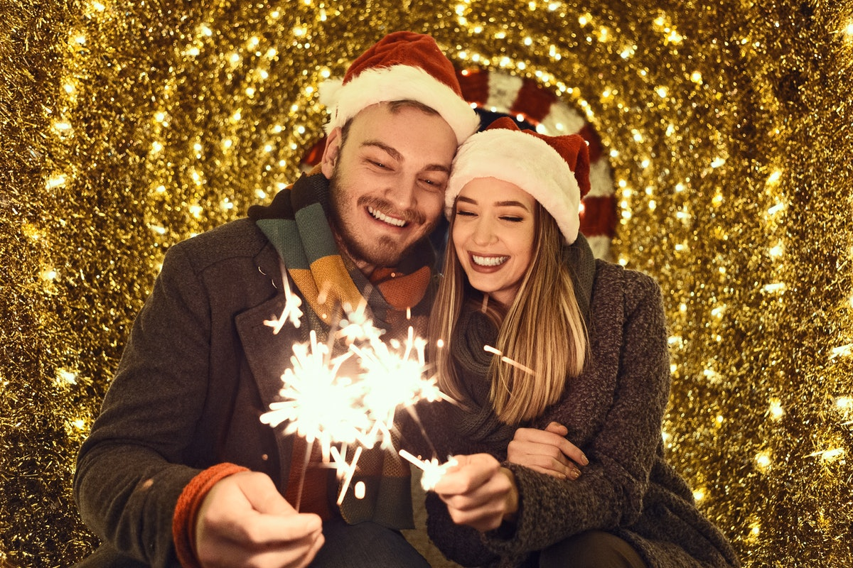 Pickup lines make good Instagram captions for Christmas pictures with your partner