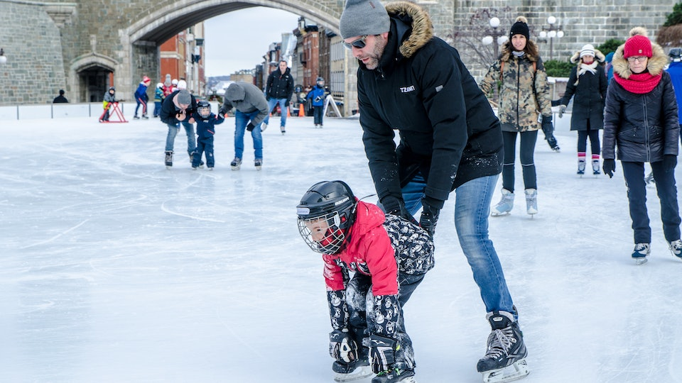 Pediatricians recommend outfitting your kids in helmets and other safety gear if they're ice skating.