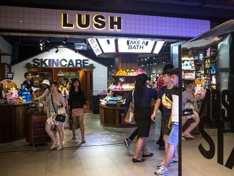Lush announces its new order online and pickup service Click and Pick