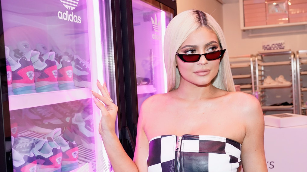 """Kylie Jenner's Live Performance Of """"Rise & Shine"""" is even better than the original."""