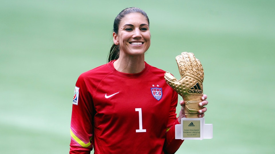 Former U.S. soccer star Hope Solo revealed she's pregnant with twins Monday.