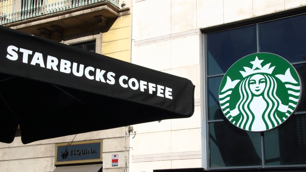 Will Starbuck In Cloverdale Ca Be Open Christmas Day 2020 Is Starbucks Open On New Year's Day 2020? There's Good News