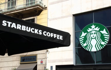 Starbucks Open On New Year's Day 2020? Here's what you need to know.