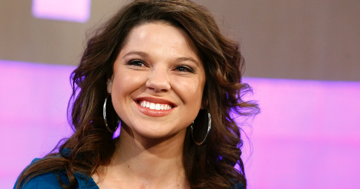 """Amy Duggar Opens Up About Having Help With Baby Daxton: """"I'm Not A Superwoman"""""""