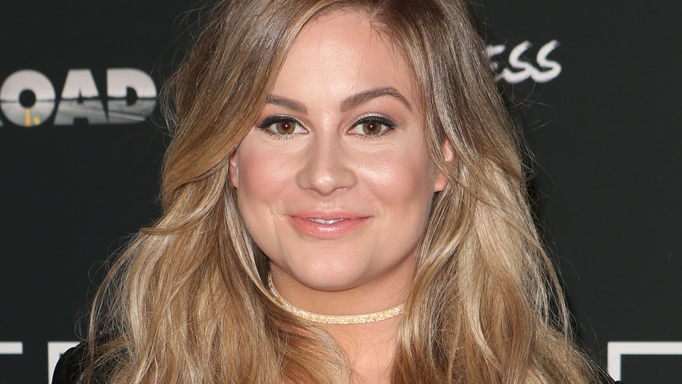 Shawn Johnson shut down mom-shamers before they could attack.