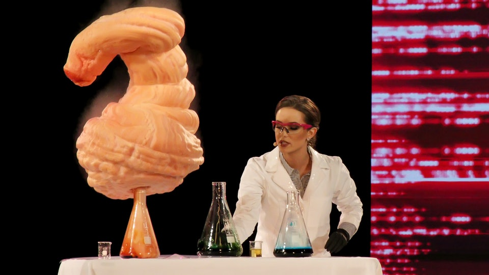 Miss America 2020, Camille Schrier, performed an incredible science experiment of epic proportions during the talent round of the competition on Thursday, Dec. 19.