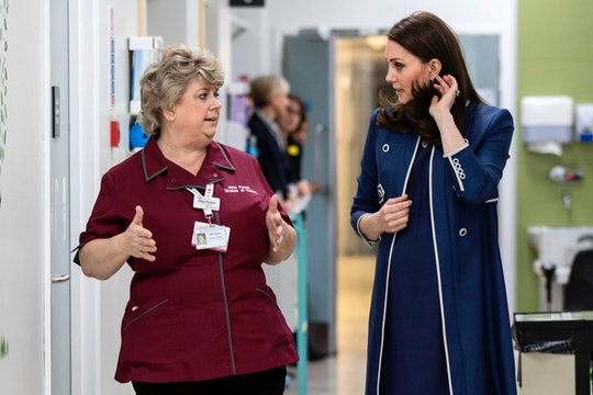 Kate Middleton volunteered at a hospital and wrote a touching letter to the midwives there
