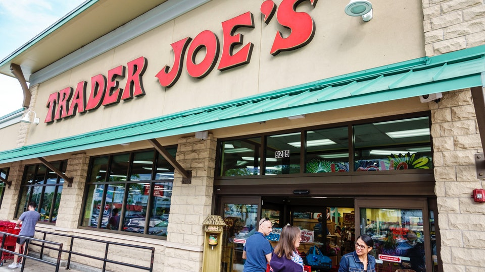 Trader Joe's Christmas Eve & Christmas Hours for 2019 are handy to know