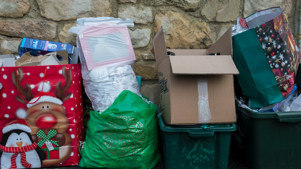 While Americans have been found to generate 25% more trash from Thanksgiving to New Year's Day, there are ways to reduce waste during the holidays.