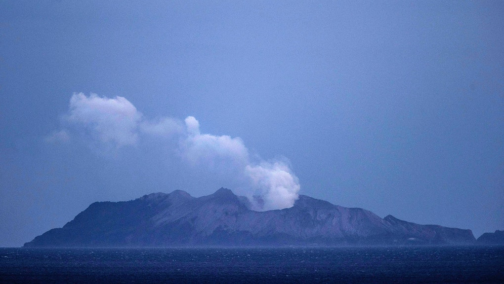 The sudden eruption at White Island was short-lived but produced an ash plume that rose several kilometres above the vent.