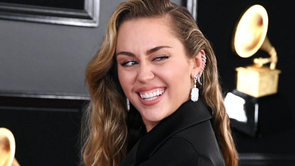 Miley Cyrus' 2019 Grammy's Outfit Was Black, Satin & Fierce AF