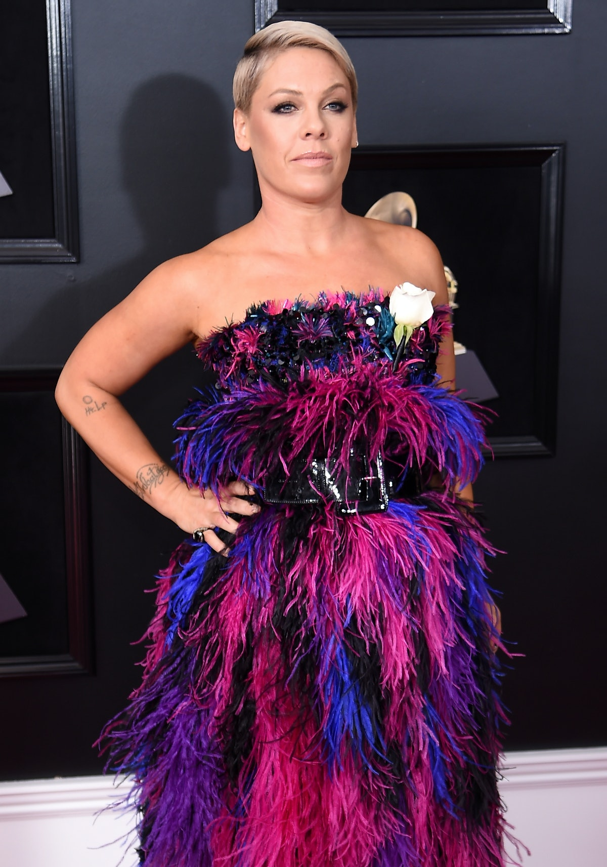 Pink's Daughter Made Her A Homemade Grammy That Might Be Better Than The Real Thing — PHOTO