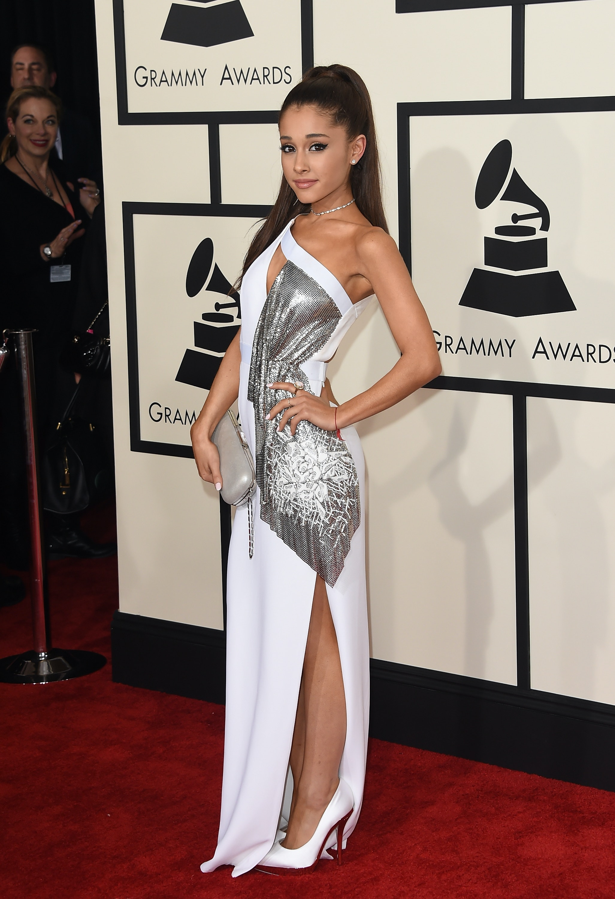 ariana grande missed the 2019 grammys but this is what she would ve worn https www thezoereport com p ariana grande missed the 2019 grammys but this is what she wouldve worn 15940812