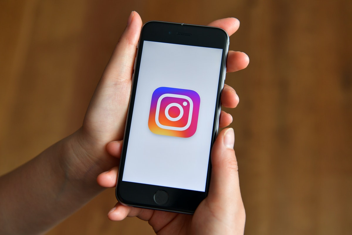 Instagram app on a phone, where you can't see who viewed your Instagram videos