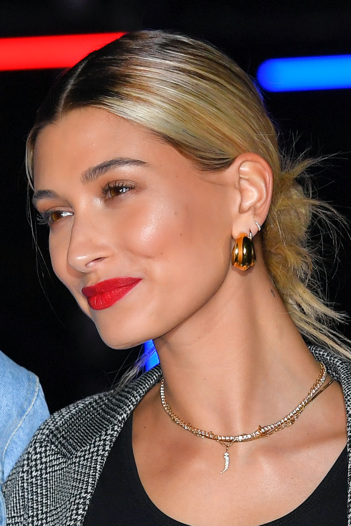 Justin Bieber's Best Gift For Hailey Bieber Was So Simple & Romantic