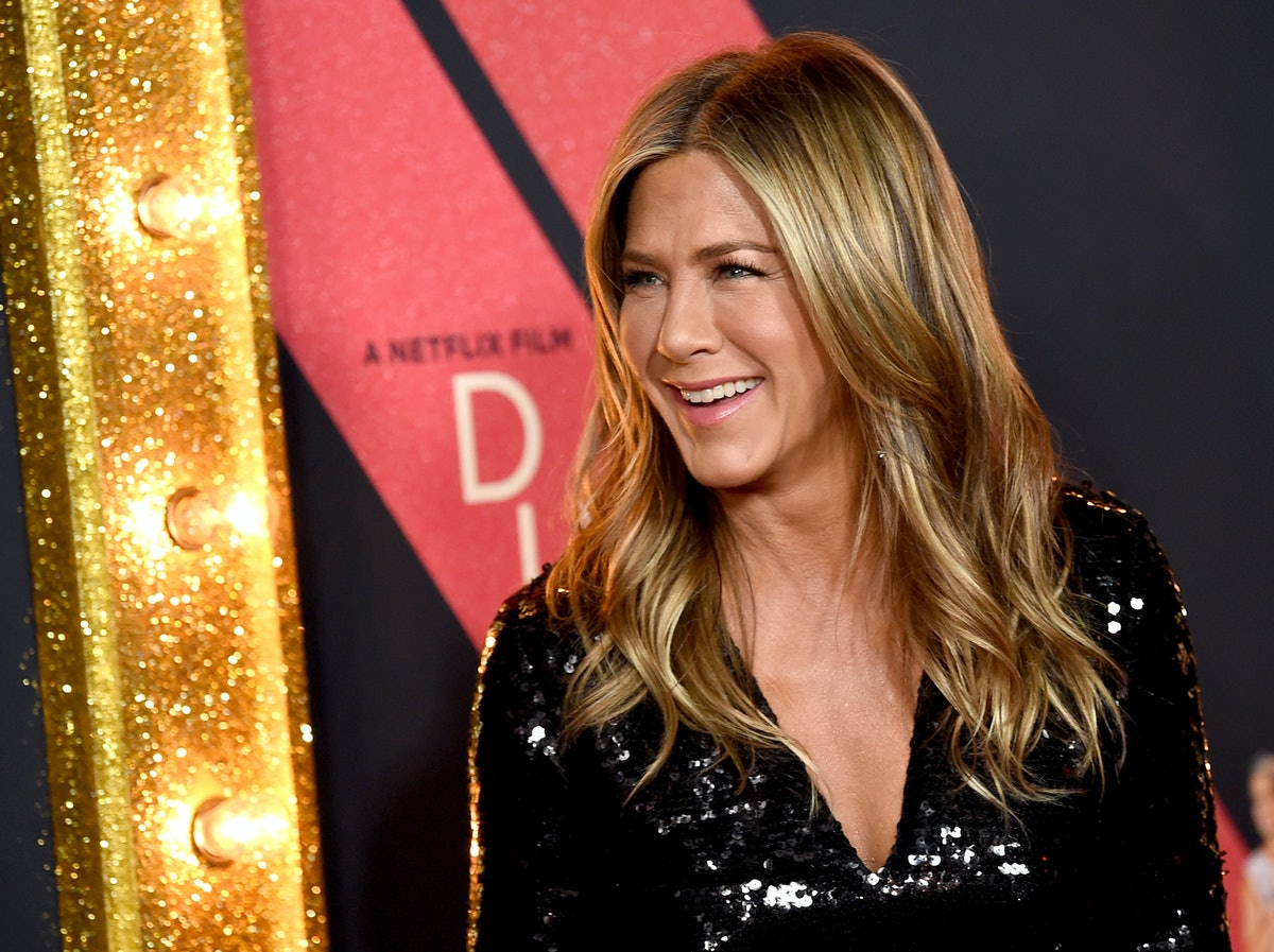 Jennifer Aniston's Workout Routine Sounds Flexible AF, So Here's How To Recreate It