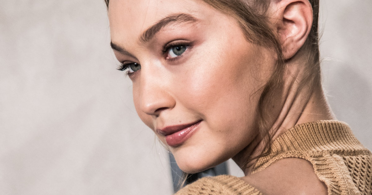 Gigi Hadid's Denim & Brown Outfit Is A Smart Way To Break Up A Canadian Tuxedo