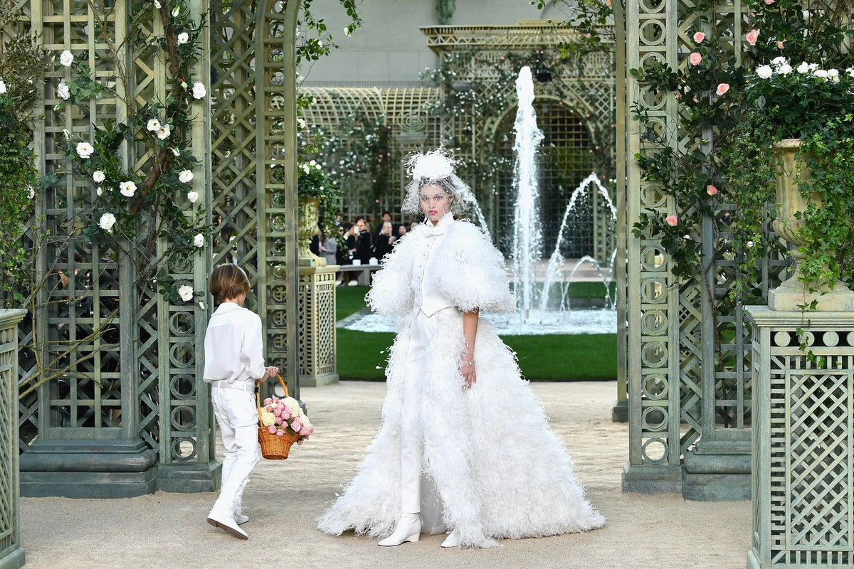 10 Karl Lagerfeld Designs For Chanel That Were Absolutely Iconic