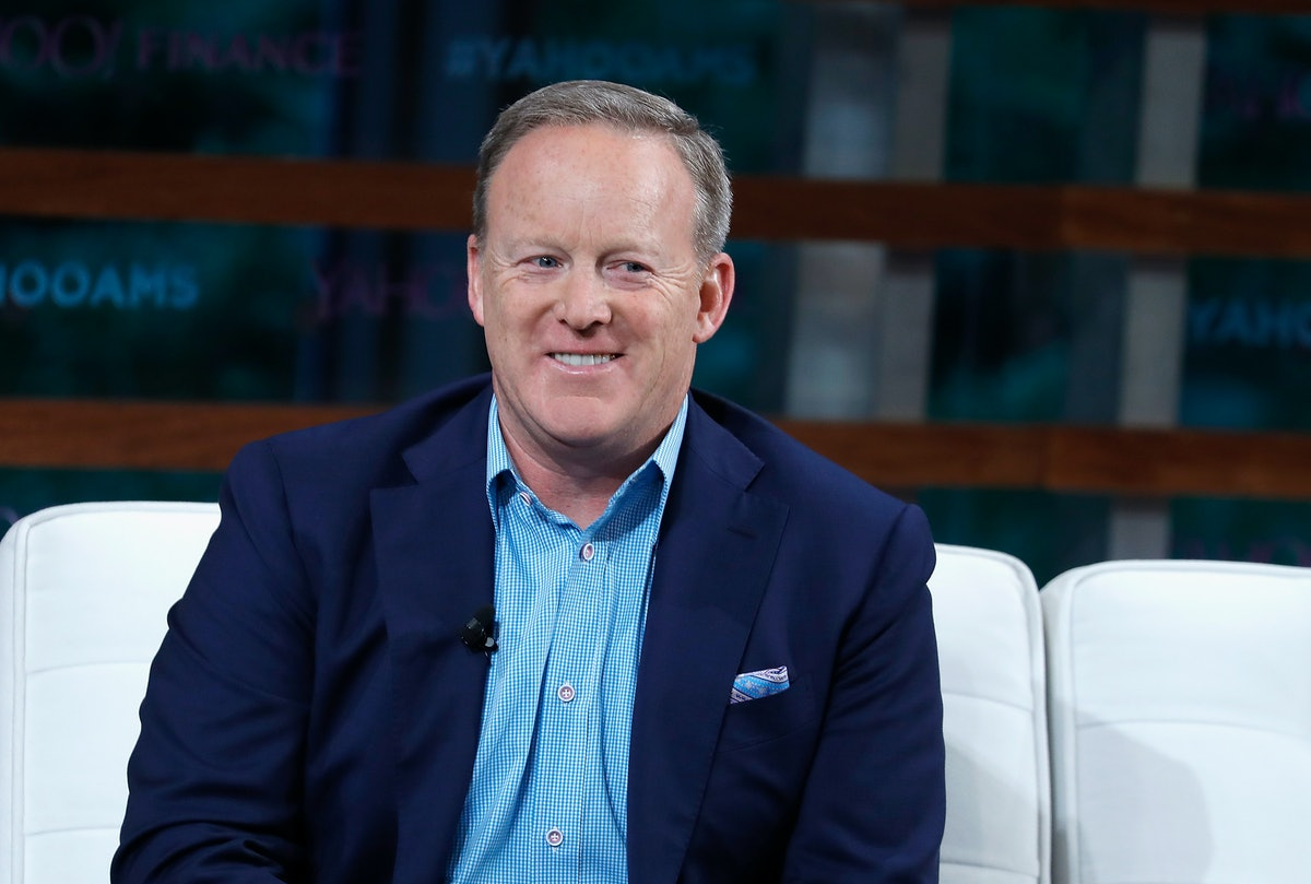 Sean Spicer Is On ExtraTV Now & It's An Unexpected Career Move
