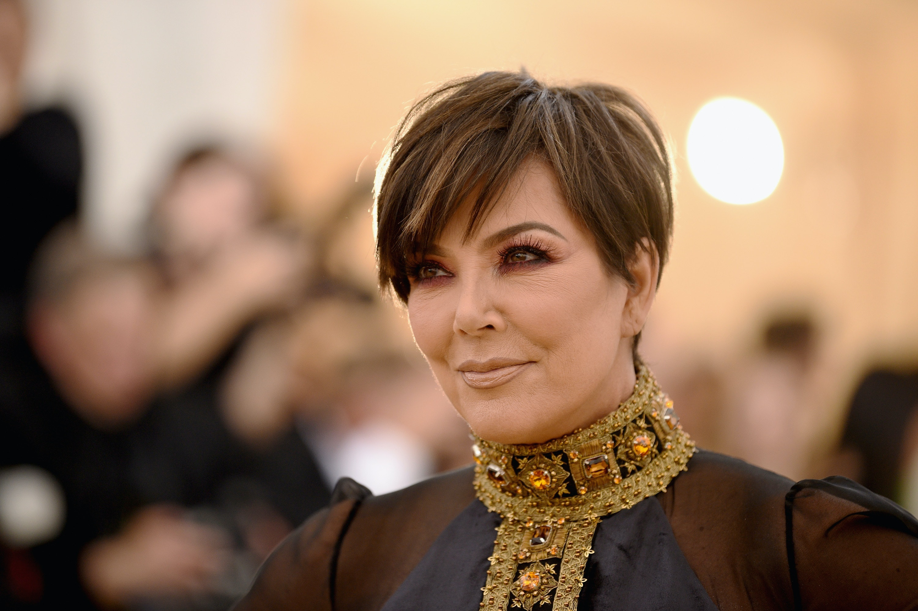 Cool Kris Jenners Bob Haircut Is One Of Her Boldest Hair Natural Hairstyles Runnerswayorg