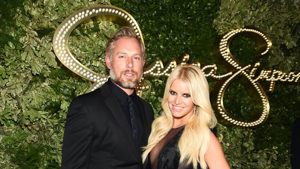 c8df8c41d6b Does Eric Johnson Still Play Football  Jessica Simpson s Husband Played In  San Francisco   New Orleans