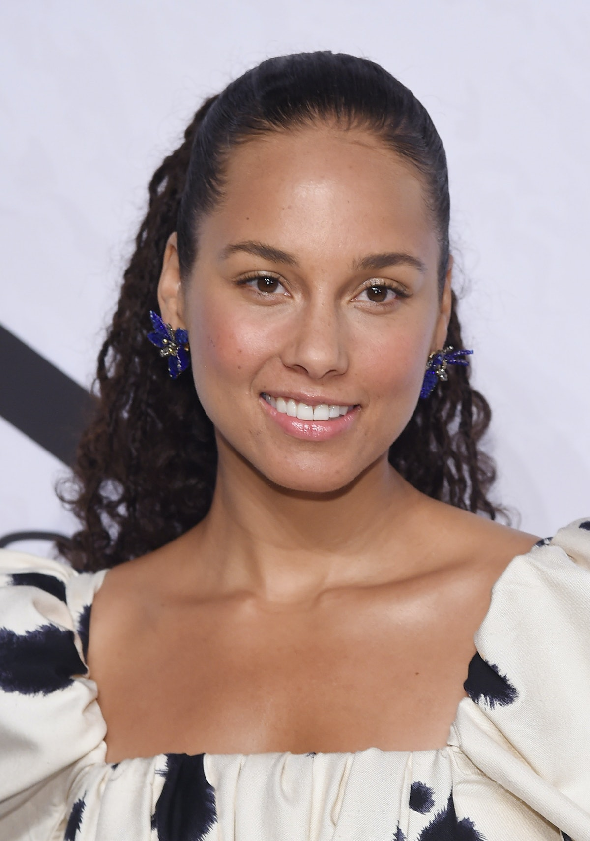 Who's Hosting The 2019 Grammys? Alicia Keys Is Planning A One Of A Kind Show