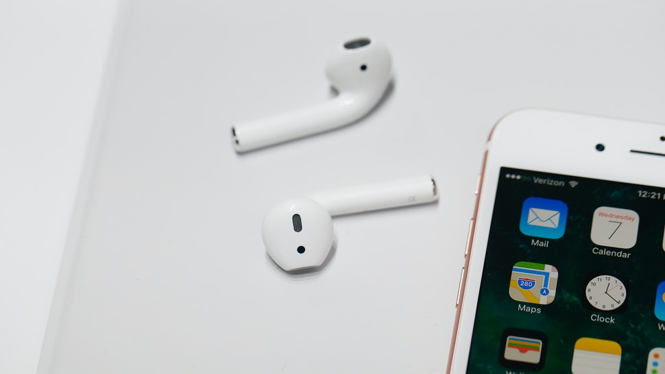 more photos 21aab d3064 8 AirPods Hacks You Should Know To Get The Most Out Of Your Earbuds