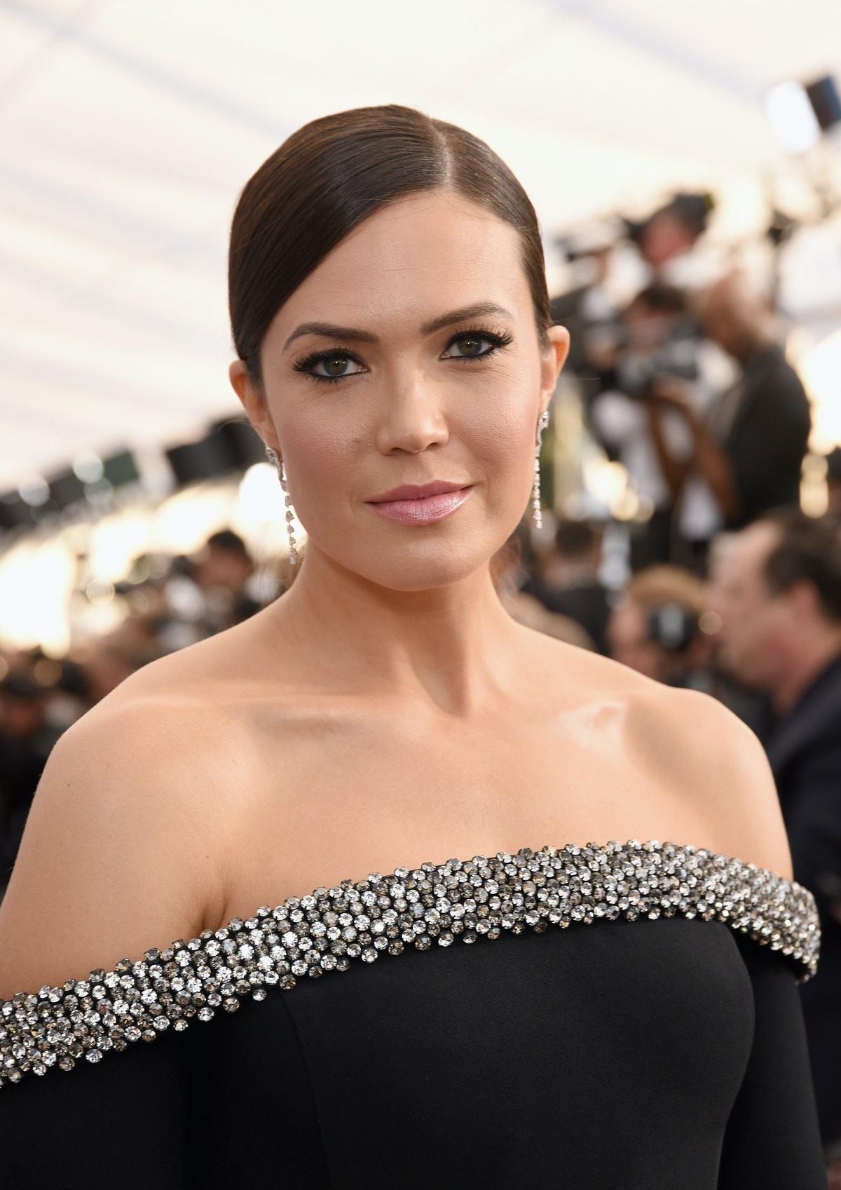 Is Mandy Moore's Bob Haircut Real? She Just Made A Major Hair Change & It Looks So Good