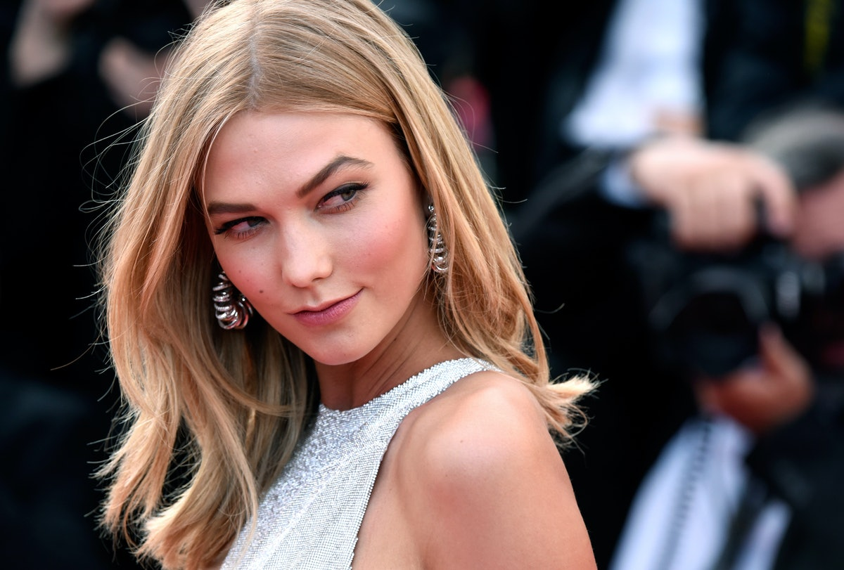 Karlie Kloss' White Kitten Heels Will Go With Everything In Your Spring Wardrobe