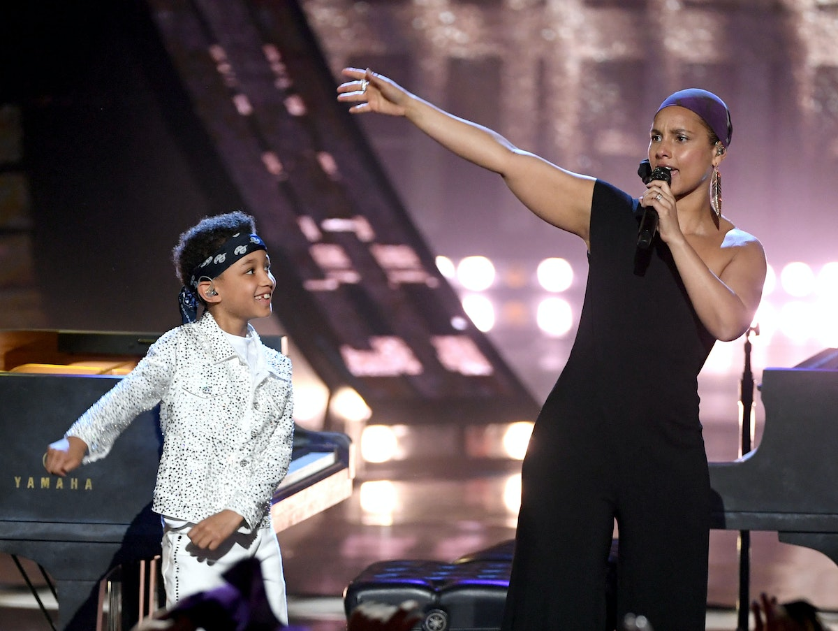 Alicia Keys' Video Of Her Singing With Her Son Is So Inspiring
