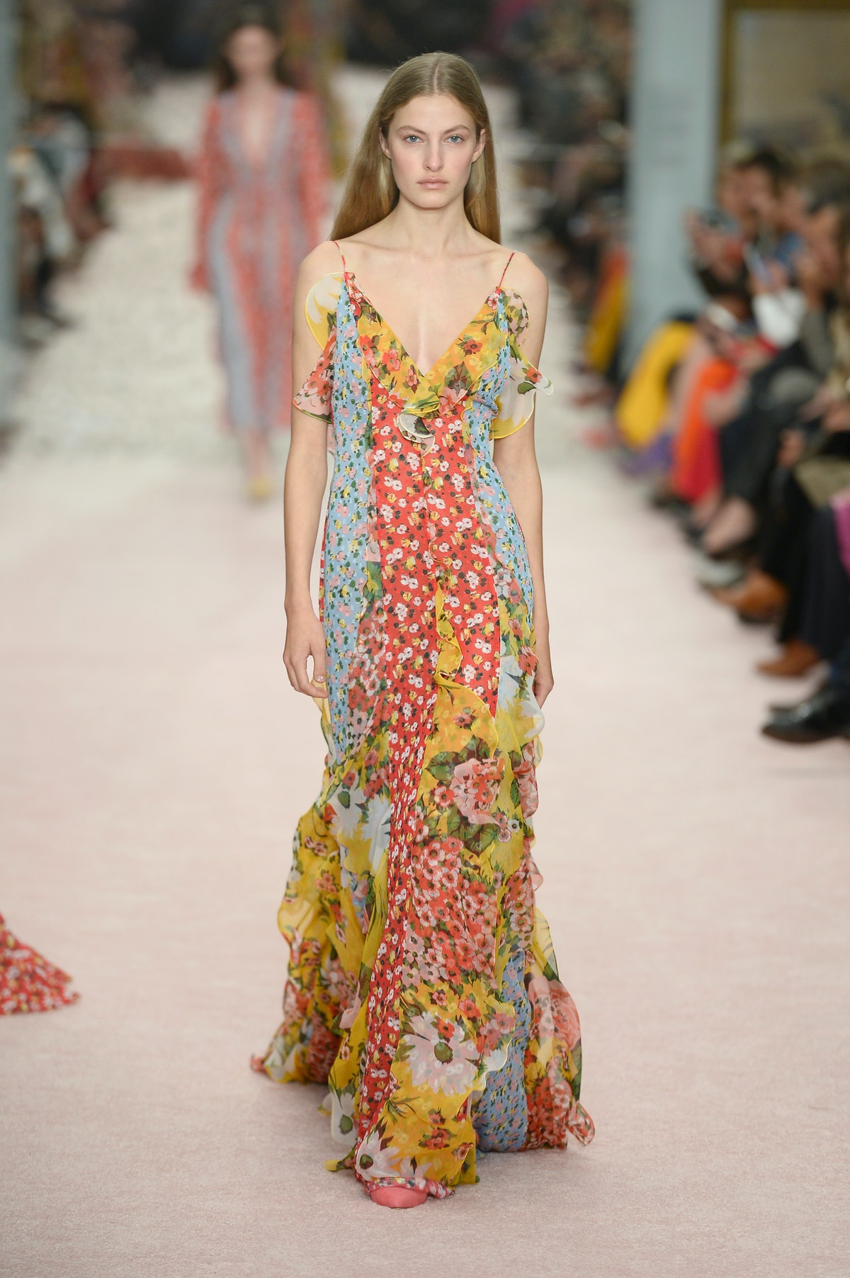 18 Long Floral Dress For Spring That Are So Pretty, Miranda Priestly Can STFU
