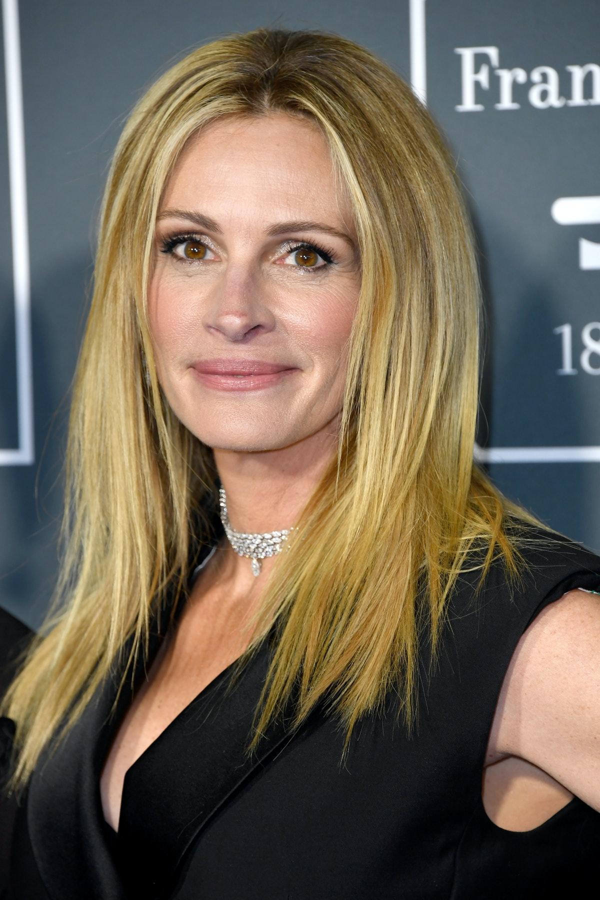 Julia Roberts' Thoughts On The College Admissions Scandal Will Have You Nodding Your Head In Agreement