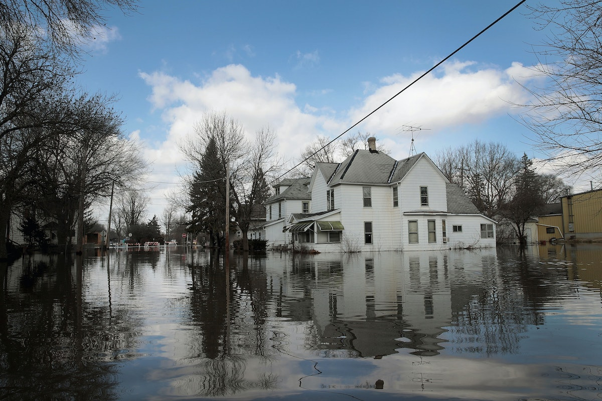 How To Help Midwest Flooding Victims After Record Water Levels Displaced Thousands