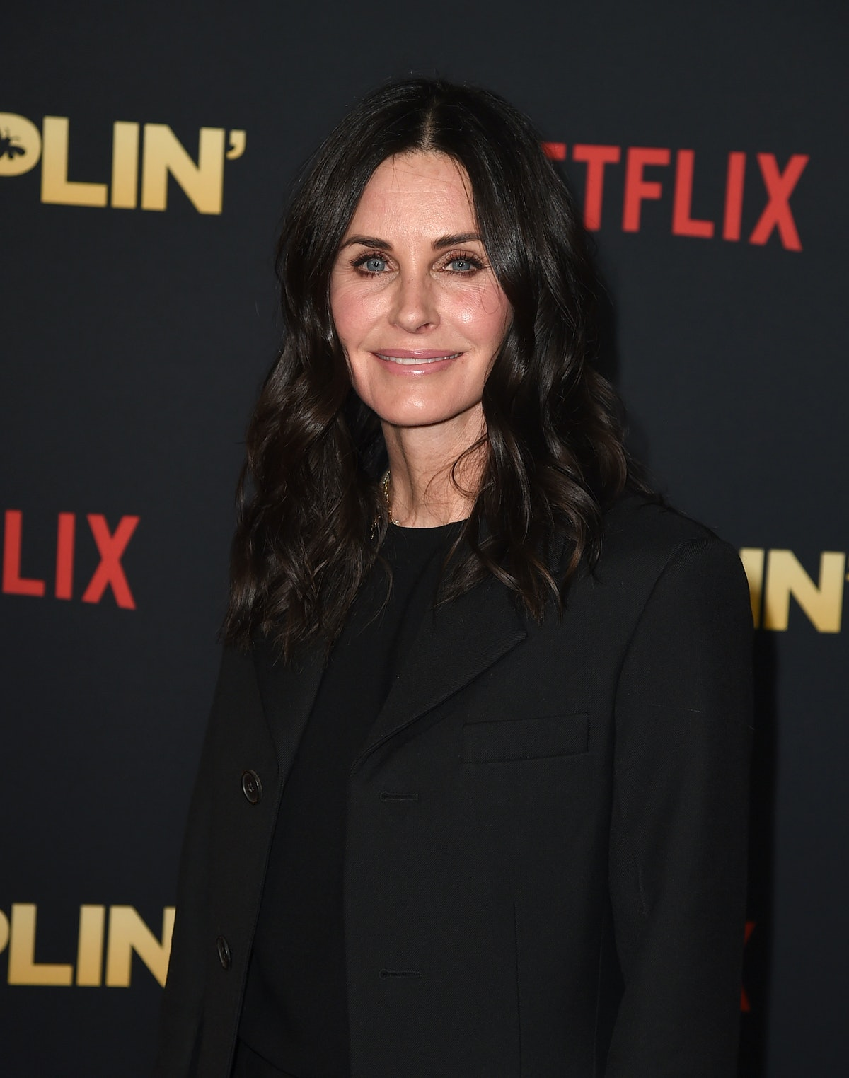 Courteney Cox's Instagram At Her NYC 'Friends' Apartment Just Broke The Internet