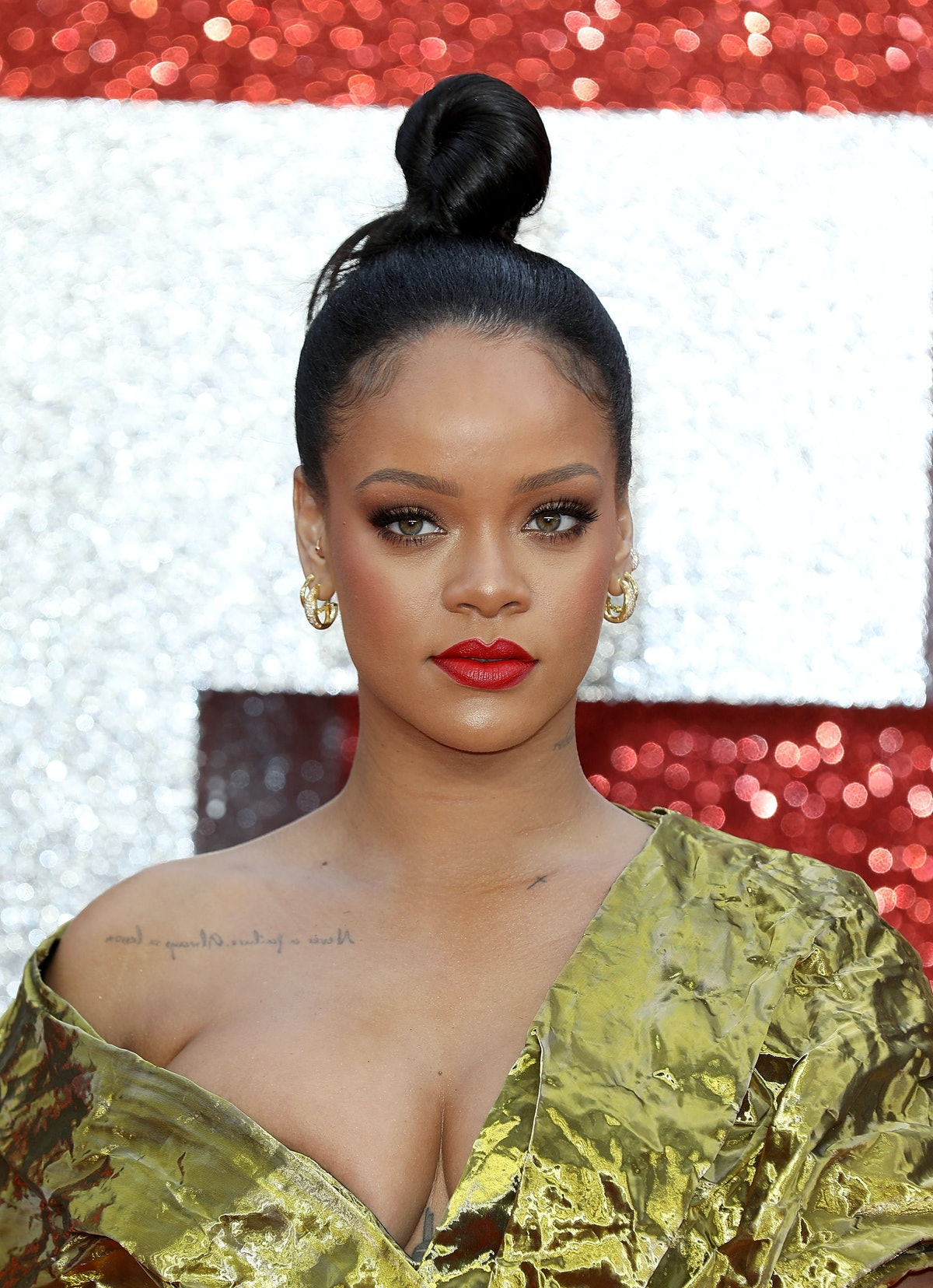 When Will Rihanna & Hassan Jameel Get Engaged? Her IG Like Has Fans Thinking It'll Be Soon