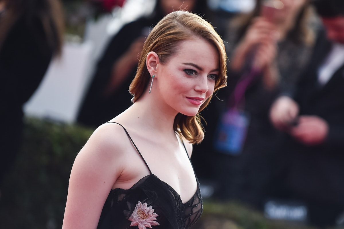 Emma Stone's Buckled Pumps Are A Chic Update To Classic Mary Janes