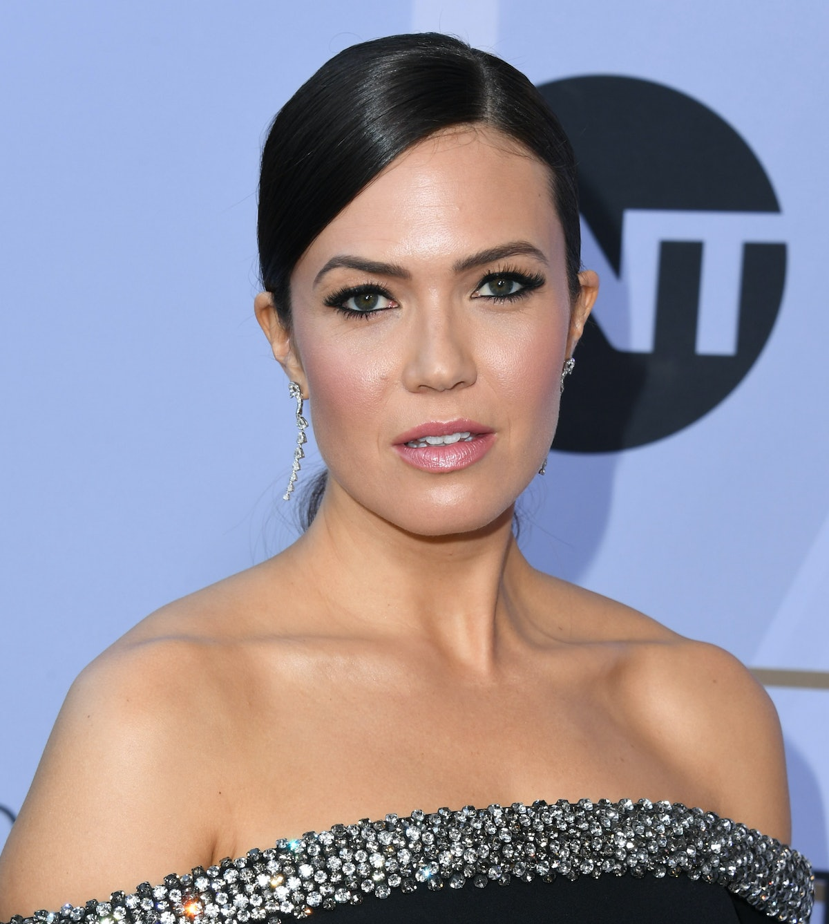 Mandy Moore's New Short Haircut Is The Spring Hair Inspo You've Been Waiting For