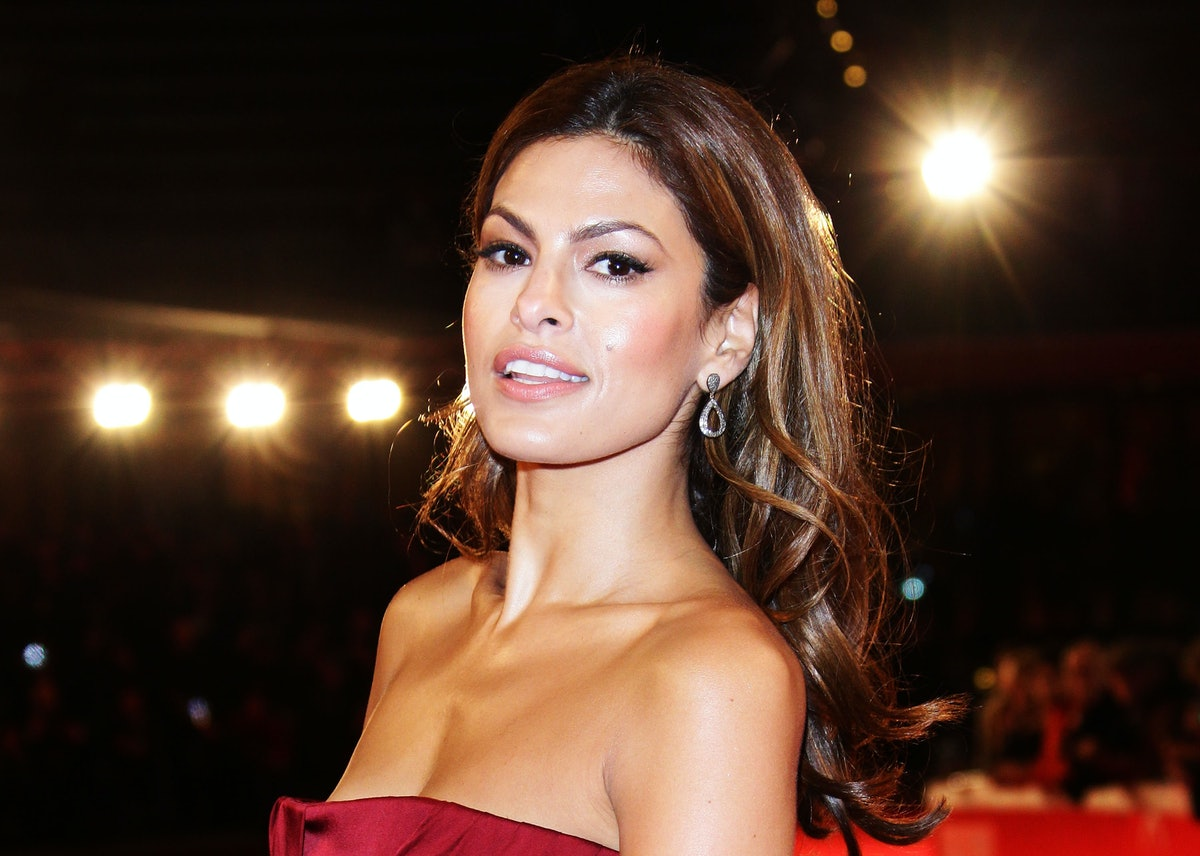 Eva Mendes' New Strawberry Blonde Highlights Are So Perfect For Brunettes