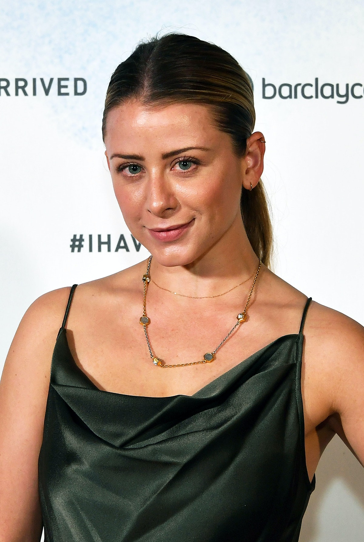 "Lo Bosworth's New CBD ""Timeout"" Line Will Give You The Me Time You Crave"