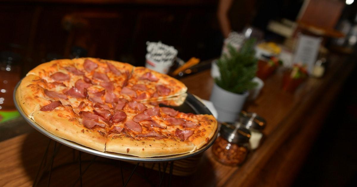 Pizza Hut Specials May 2019