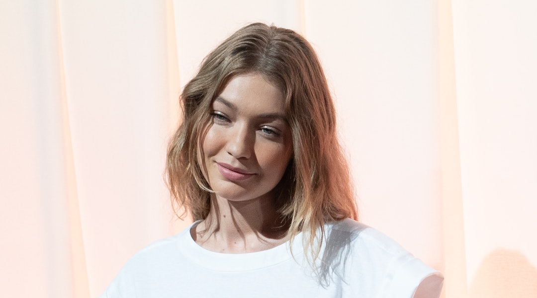 Gigi Hadid S Silk Top Baggy Jeans Are An Unexpected Combo Worth