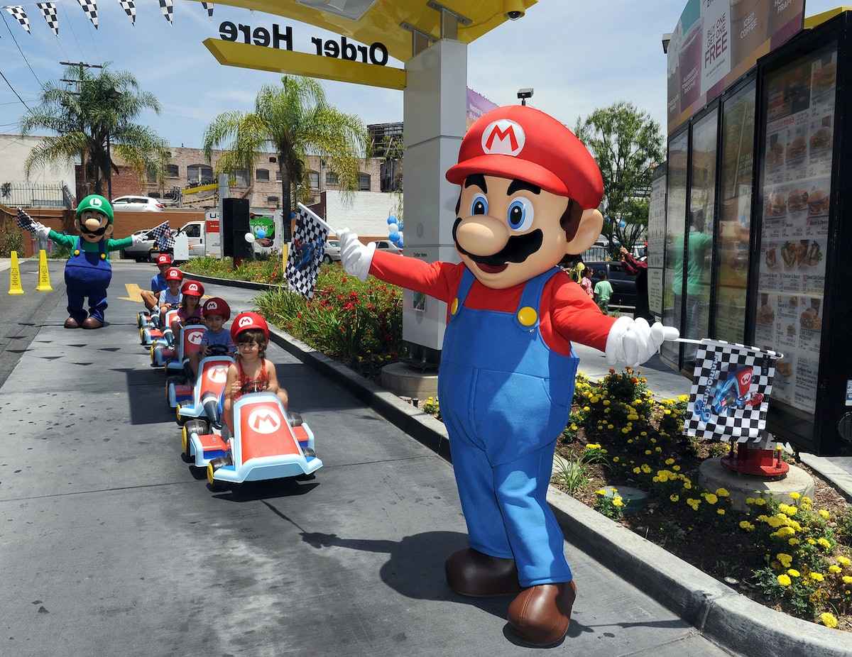 """The """"Mario Kart"""" Smartphone Game Is Beta Testing & You Could Be One Of The People Who Tries It Out"""