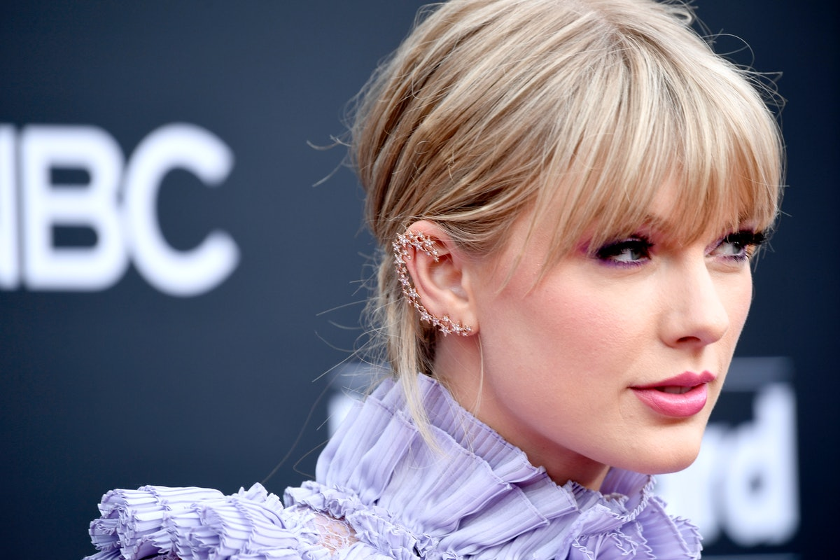 Taylor Swift Shutting Down A Reporter For Asking A Sexist Question Is So Satisfying