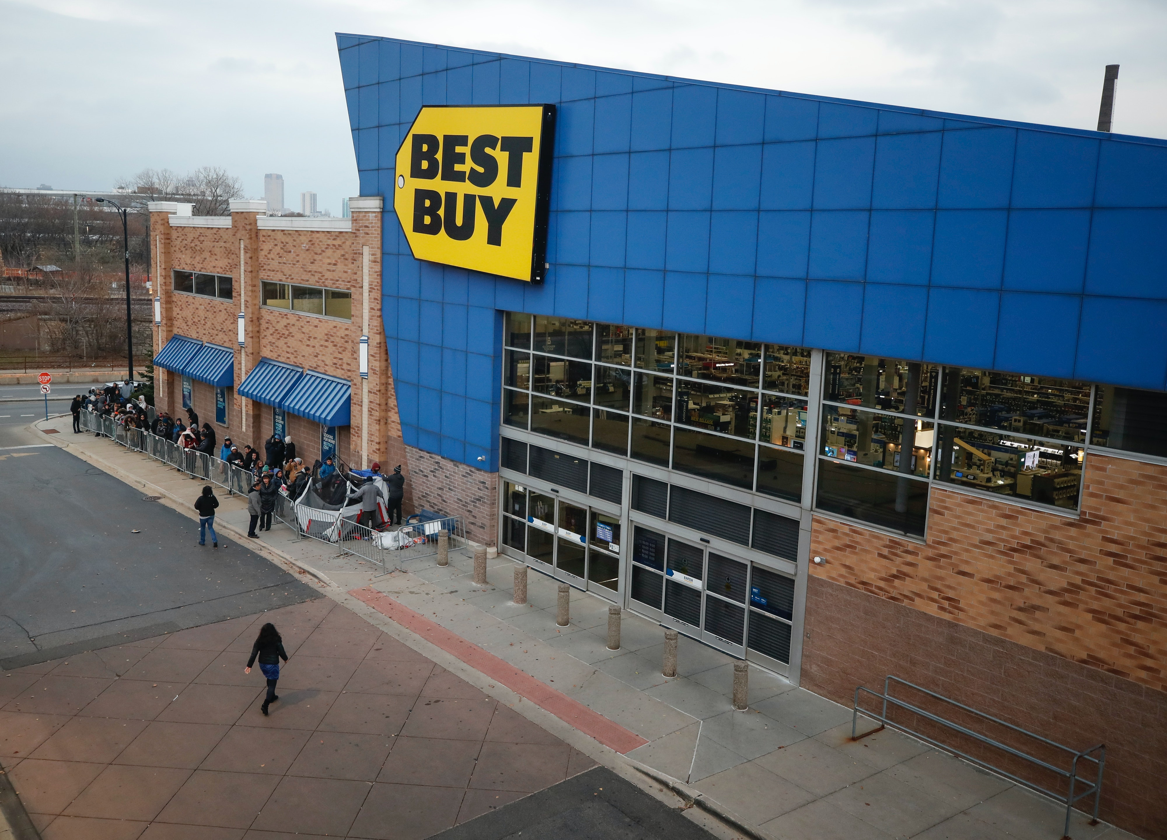 Best Buy S Memorial Day Appliance Sale Has A Little Bit Of