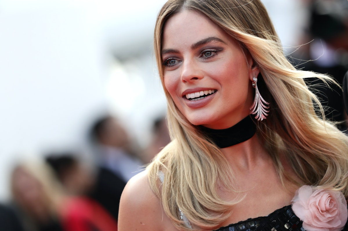 Margot Robbie's Braided Hairstyle At The 2019 Cannes Film Festival Is So Easy To Recreate