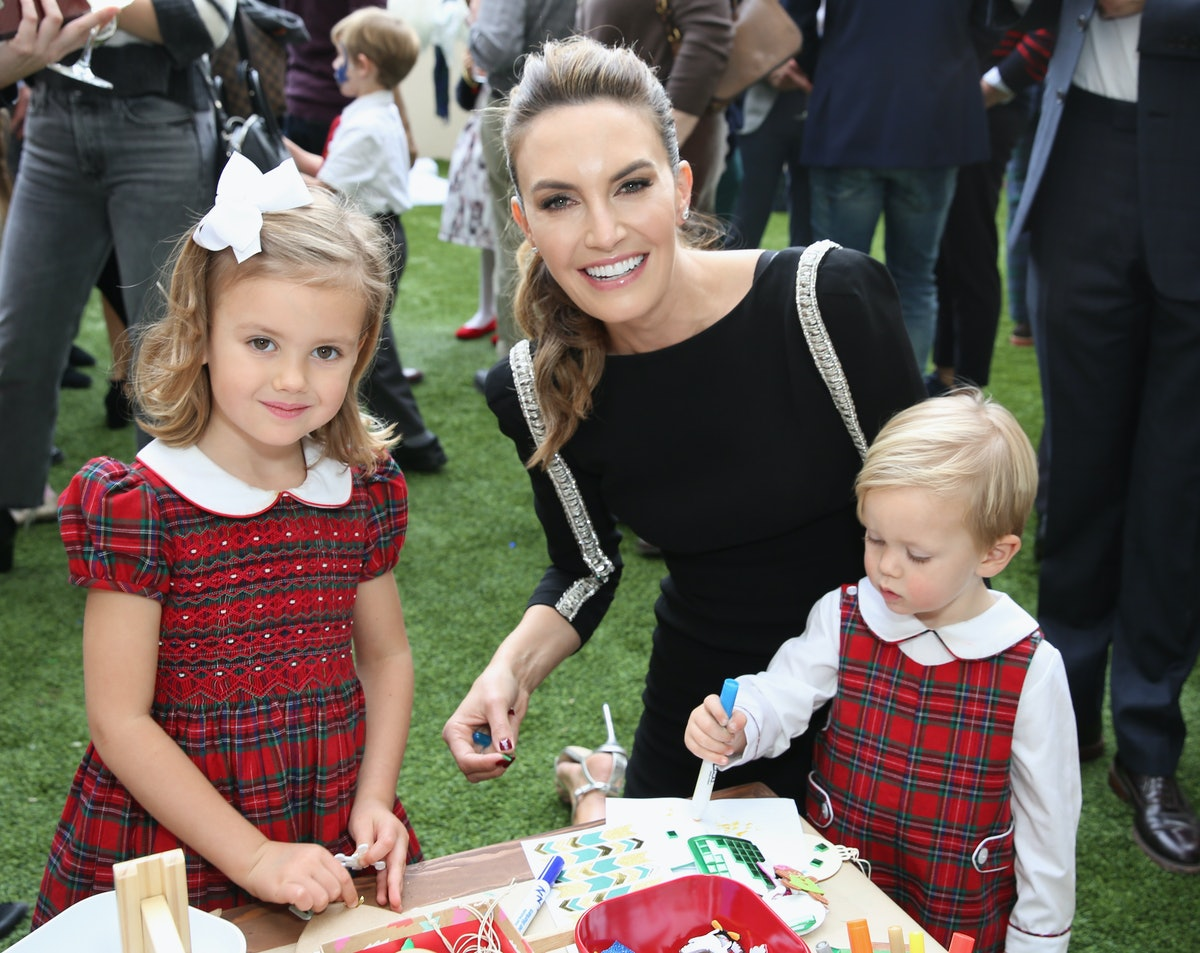 Elizabeth Chambers' Response To A Mom-Shamer Is So Good, It Deserves A Slow Clap