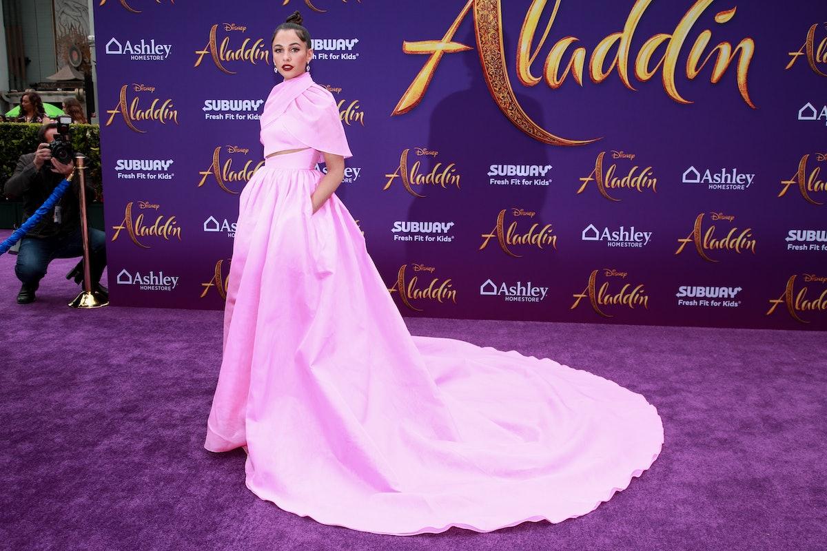 'Aladdin' Actress Naomi Scott Surprised Tiny Princesses At The Movies & It's A Whole New World