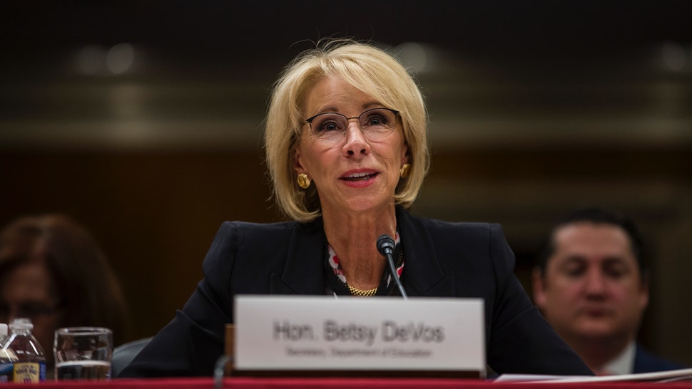 Advocates Demand Devos Protect Students >> 51 Attorneys General Ask Betsy Devos To Forgive Student Loans For